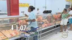 Preços caíram em supermercados da região