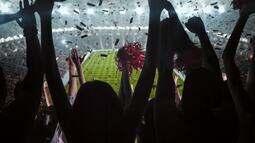 100 Milhões de Uns: Samba!