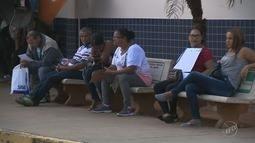 Pacientes do Hospital Ouro Verde reclamam de demora e falta de exame de urina e hemograma