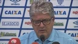Com Geninho de volta, Avaí recebe o Brasil-RS e mira recuperação na Ressacada