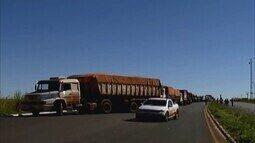 Greve de caminhoneiros tem reflexos na rotina dos moradores de Uberaba