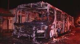 Ônibus e vias são incendiados por criminosos em Uberlândia e Uberaba