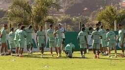 Goiás recebe o Paysandu no Olímpico e tenta iniciar arrancada