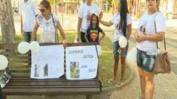 Familiares de vítimas da violência fizeram uma caminhada pela paz em Rio Branco