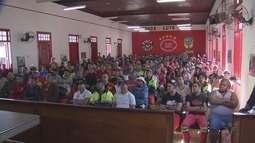 Estivadores se reúnem para discutir campanha salarial da categoria