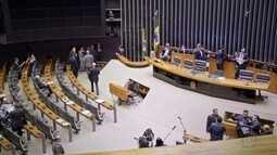 Série sobre bastidores do Legislativo mostra trabalho dos auxiliares dos políticos