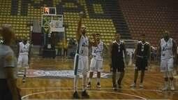 Corinthians domina e impõe primeira derrota ao Bauru no Paulista de basquete