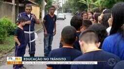 Alunos de Itatiaia participam de projeto de orientação no trânsito