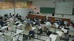 Série especial comemora Dia dos Professores e mostra sobre a profissão