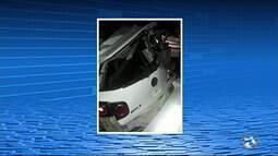 Dois homens ficam feridos aós acidente entre um ônivbus e um carro na PE 193