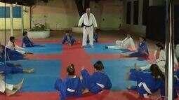 Quadro Bom Exemplo mostra como as artes marciais ajudam na disciplina e respeito