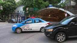 Tropas da intervenção federal são atacadas em Copacabana, no Rio, por dois homens