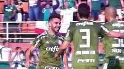 Líder Palmeiras vence o Ceará e chega a 15 jogos de invencibilidade no Brasileirão