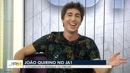 Humorista João Quirino participa de conversa com Lilian Lynch e Luciano Cabral
