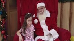 Papel Noel é atração em shopping de Praia Grande