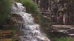 Reveja: Passeio de lancha revela beleza dos cânions no Lago de Furnas em Capitólio