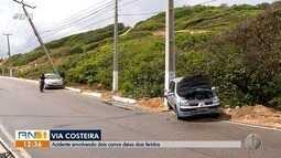 Acidente de trânsito deixa dois feridos na Via Costeira, em Natal
