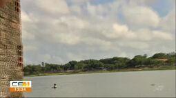 Jacaré não afasta pescadores da lagoa da Parangaba