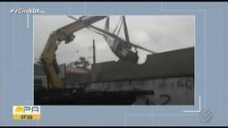 Moradores das casas atingidas por queda de avião se preocupam com a situação dos imóveis