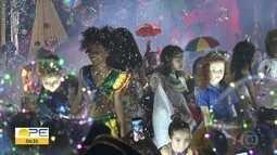 Balmasquezinho reúne famílias ao som do frevo no Recife