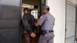 Homem morto em troca de tiros com policiais era procurado por tentativa de latrocínio