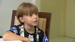 Com apenas 8 anos, Luiz Fernando não esconde sua paixão pelo Votuporanguense