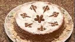 Agrônoma e empresária ensina a fazer o bolo de Santiago