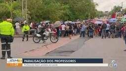 Professores voltam a protestar em Manaus; greve completa uma semana