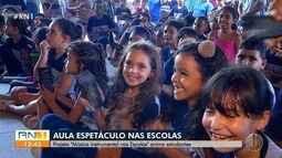 Projeto leva música instrumental para escolas públicas de Natal