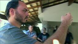 Filho de Bolsonaro volta a atacar Mourão nas redes sociais