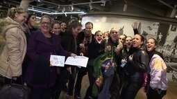 Bailarinos de Santos, SP, conquistam prêmios em festival na Europa