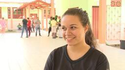 Estudantes de Cruzeiro do Sul fazem campanha para arrecadar alimentos para família carente