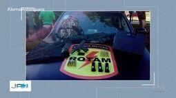 Homem encontra uma mochila cheia de armas às margens de rodovia em Novo Gama