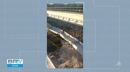Pilar de ponte cai na cidade de Tanhaçu, sudoeste da Bahia
