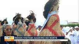 Índios participam da missa do Pe Cícero