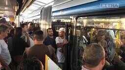 Jornalistas passam 24 horas em uma das estações do BRT mais movimentadas na Zona Oeste