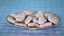 Aprenda a fazer um delicioso biscoito doce chamado flor de josefina