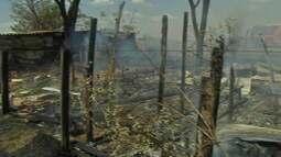 Incêndio destrói barracos de assentamento em Campo Grande, no MS