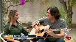 Cantor Tatta Spalla mistura MPB, pop e rock em show em Linhares, ES