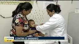 Pais procuram postos de saúde para vacinar filhos contra o sarampo em GV