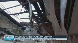 Aposentada tem o telhado de casa queimado por incêndio em São Carlos
