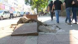 Falta de estrutura de calçadas nas ruas do Centro causam transtornos em Rio Branco