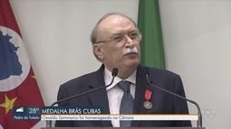 Advogado Osvaldo Sammarco recebe medalha Brás Cubas na Câmara de Santos
