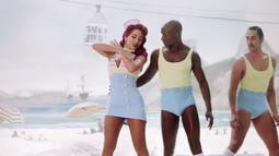 Em Movimento: Fãs fazem paródias de clipes da Anitta e da Joelma em Linhares