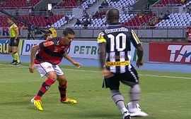 Flamengo 2 x 2 Botafogo pela 38 rodada do Brasileiro 2012