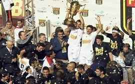 Grandes Campees de 2012: Santos conquista o tricampeonato paulista