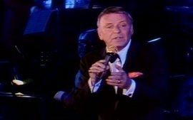 Veja homenagem a Frank Sinatra 15 anos aps sua morte