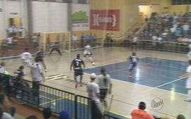 Miguelpolis e Serrana vencem e faro final da Taa EPTV de futsal 2013