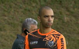 Diego Tardelli: o especialista em clssicos