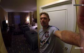 Vai, Corinthians - Marlone mostra o que tem na sua mala de viagem